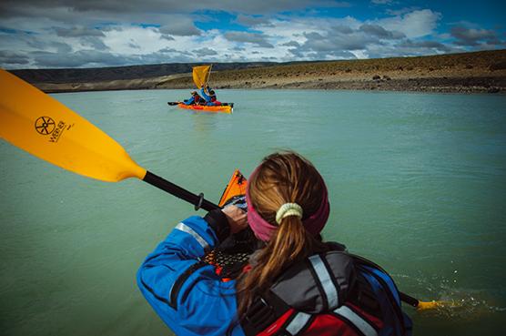 Kayak y trekking en Río La Leona